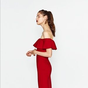 NWT Zara Red Off Shoulder Fitted Dress